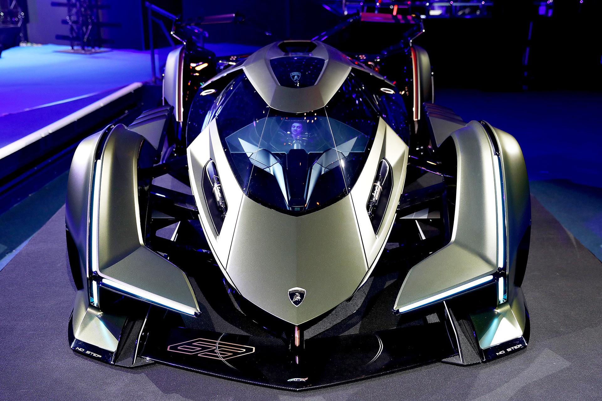 'Lamborghini Lambo V12 Vision GT' Unveiled at the 'World ...